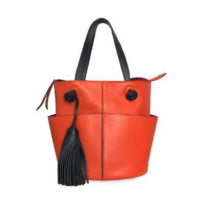 tassel pointed pocket tote bag
